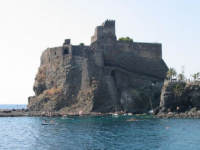 Catania highlights, Aci Castello, Acitrezza - Taormina